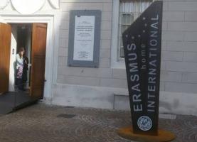 Erasmus and International Home articolo