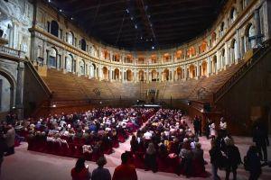 Lella Costa al Farnese