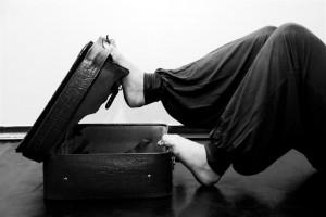 Una valigia piena di sogni e speranze